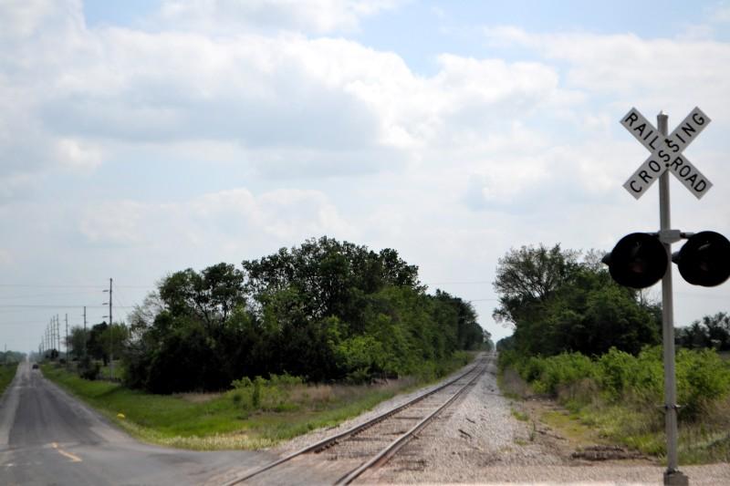 Railroad crossing in Appleton City